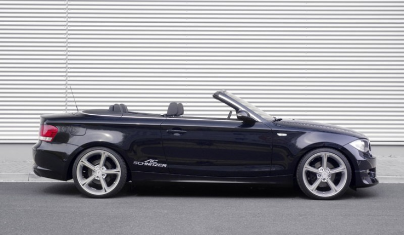 Side view ACS1 BMW 1 Series Convertible.