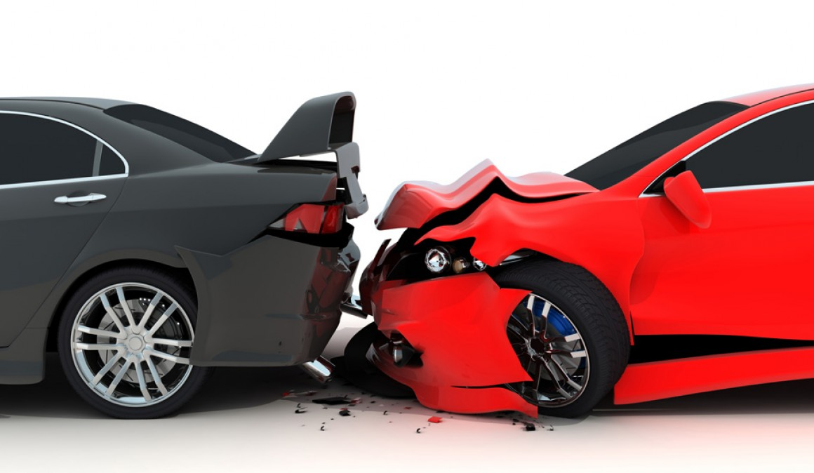 Three-car collision chain: what or what to blame?