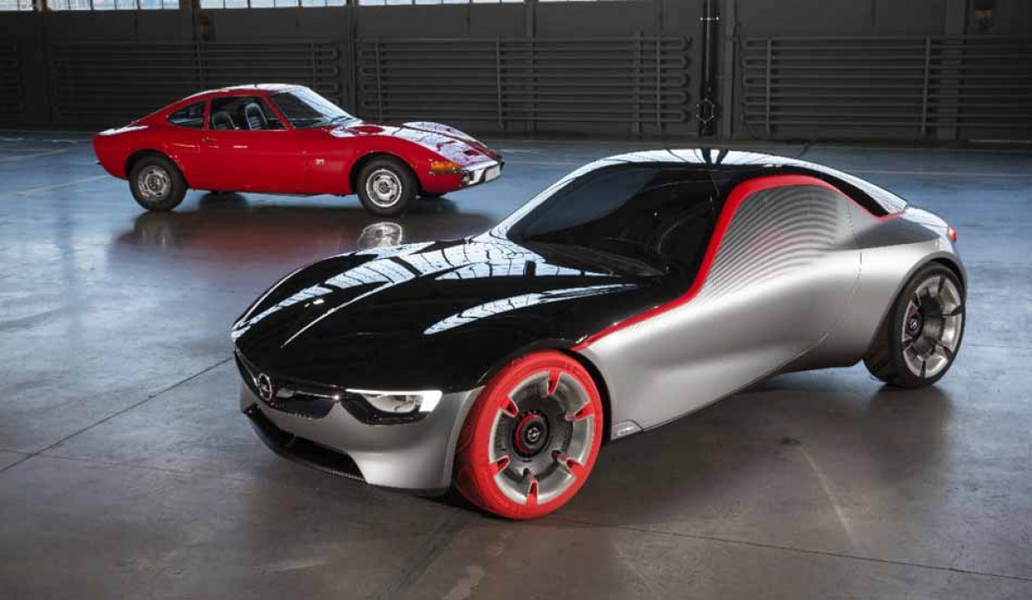 Opel GT Concept and Opel classic GT together in Essen