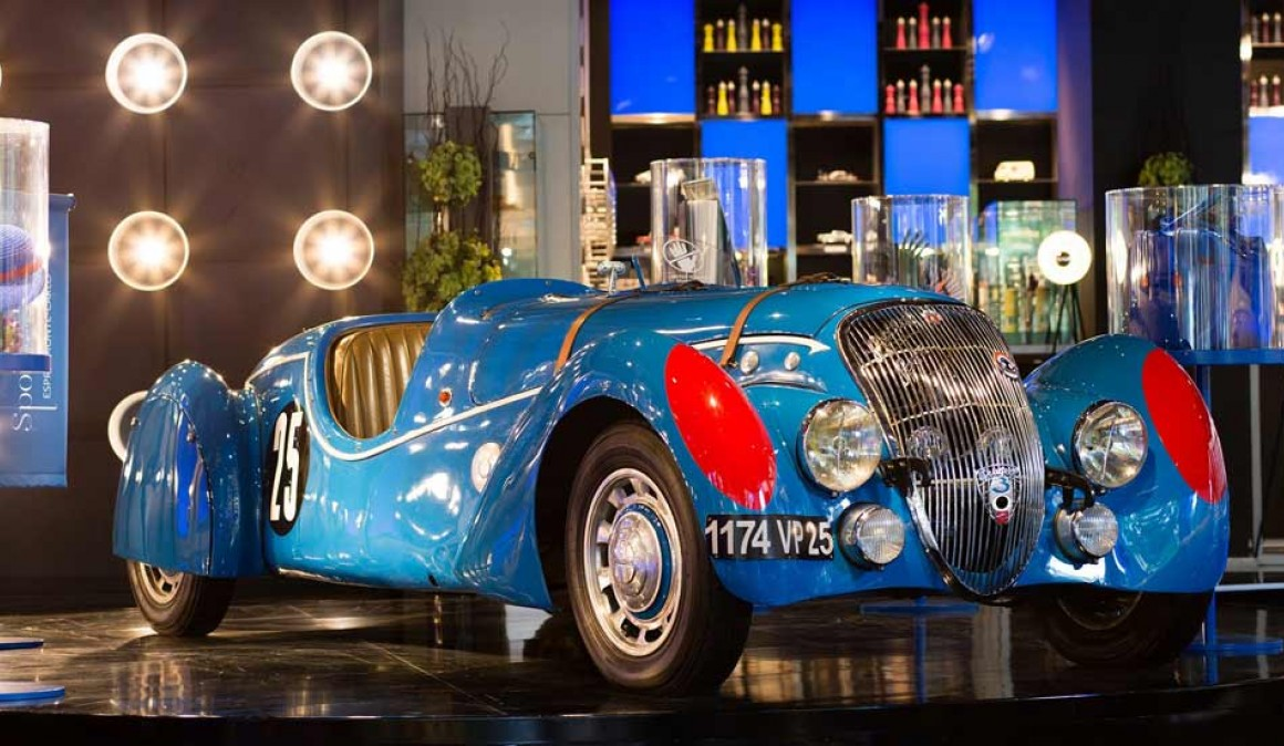 O Peugeot 402 flagship 75 anos