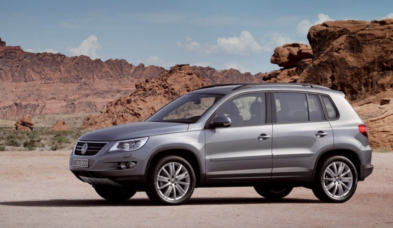 The Tiguan Country, between 32,060 and 37,370 euros.
