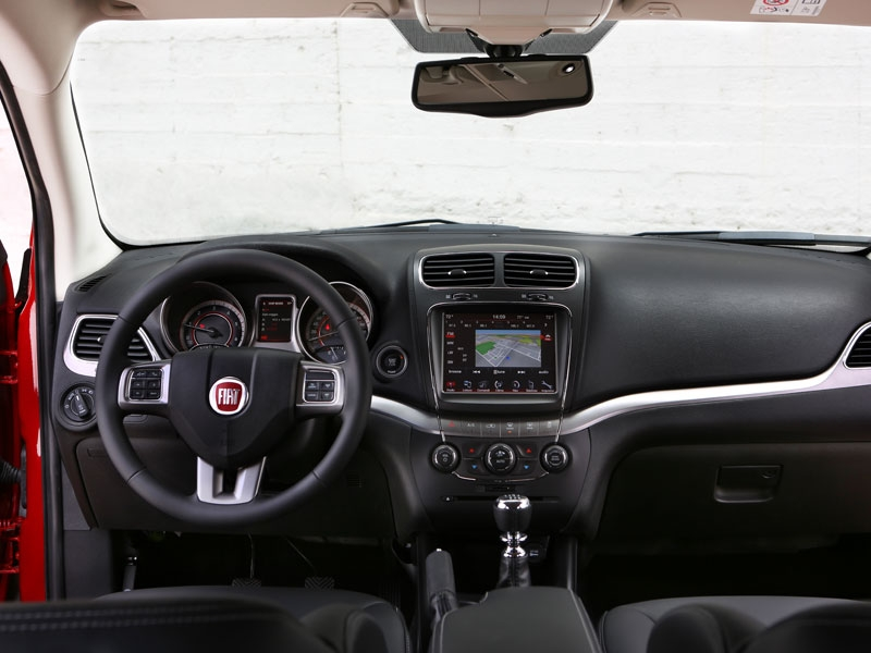 Contact: Fiat Freemont Cross 2.0 Diesel 170 pk AWD