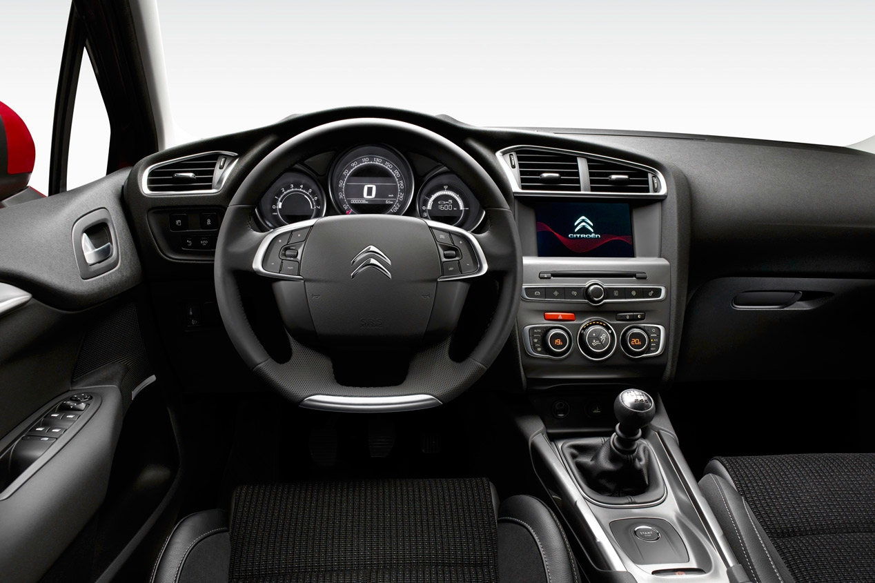 Interni Citroen C4 2015