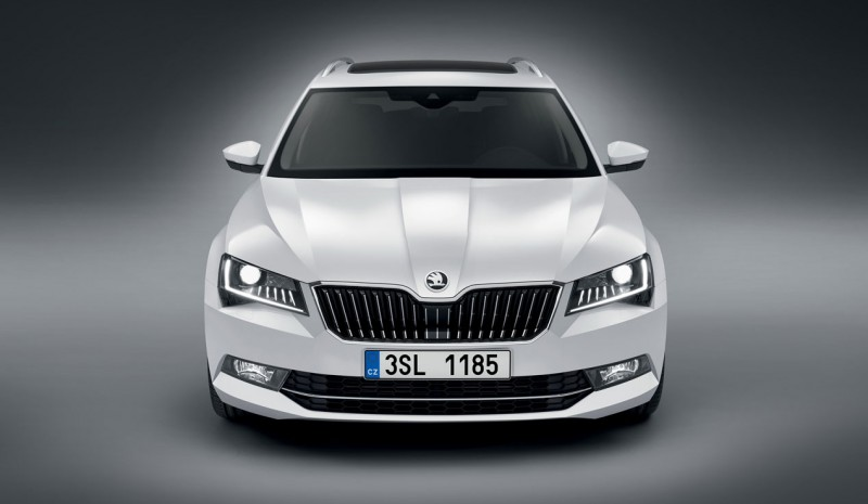 First Test: Skoda Superb Combi, spacious and stylish