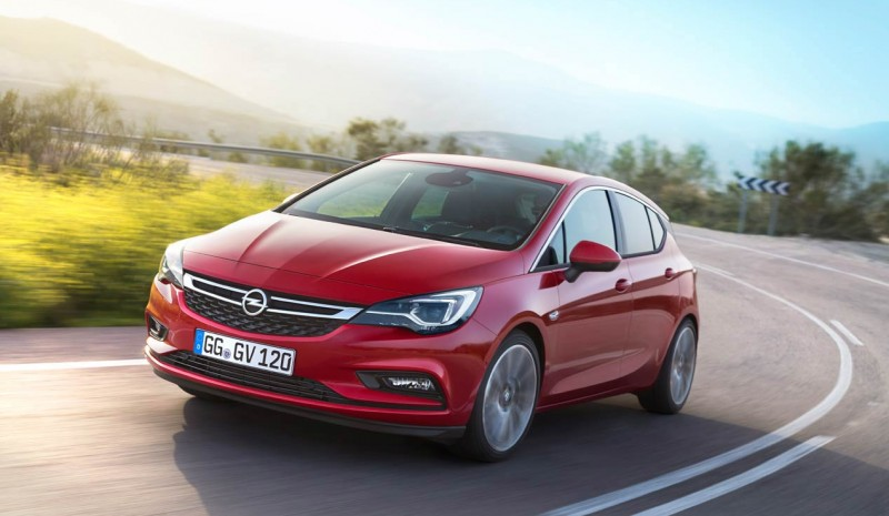 Primo test Opel Astra 2015