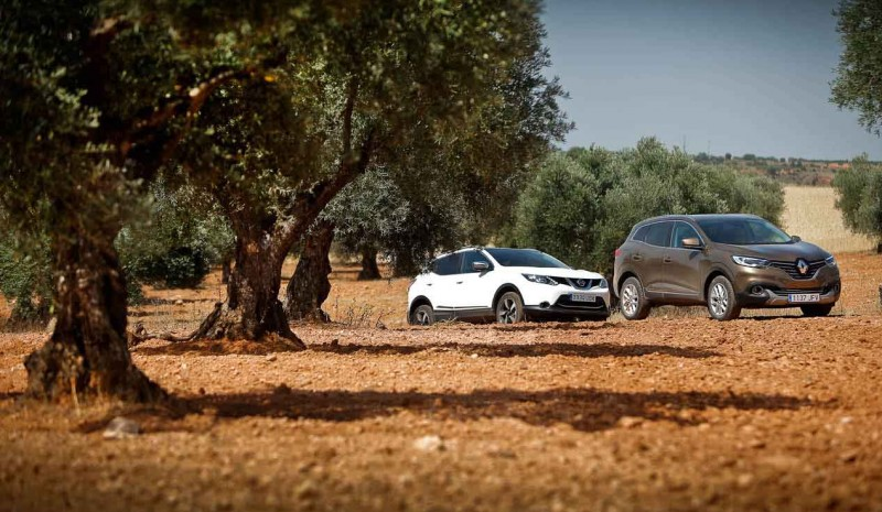 Nissan Qashqai dCi 130 4x4i 360 against Renault dCi 130 4x4 Kadjar X Mod, the best photos