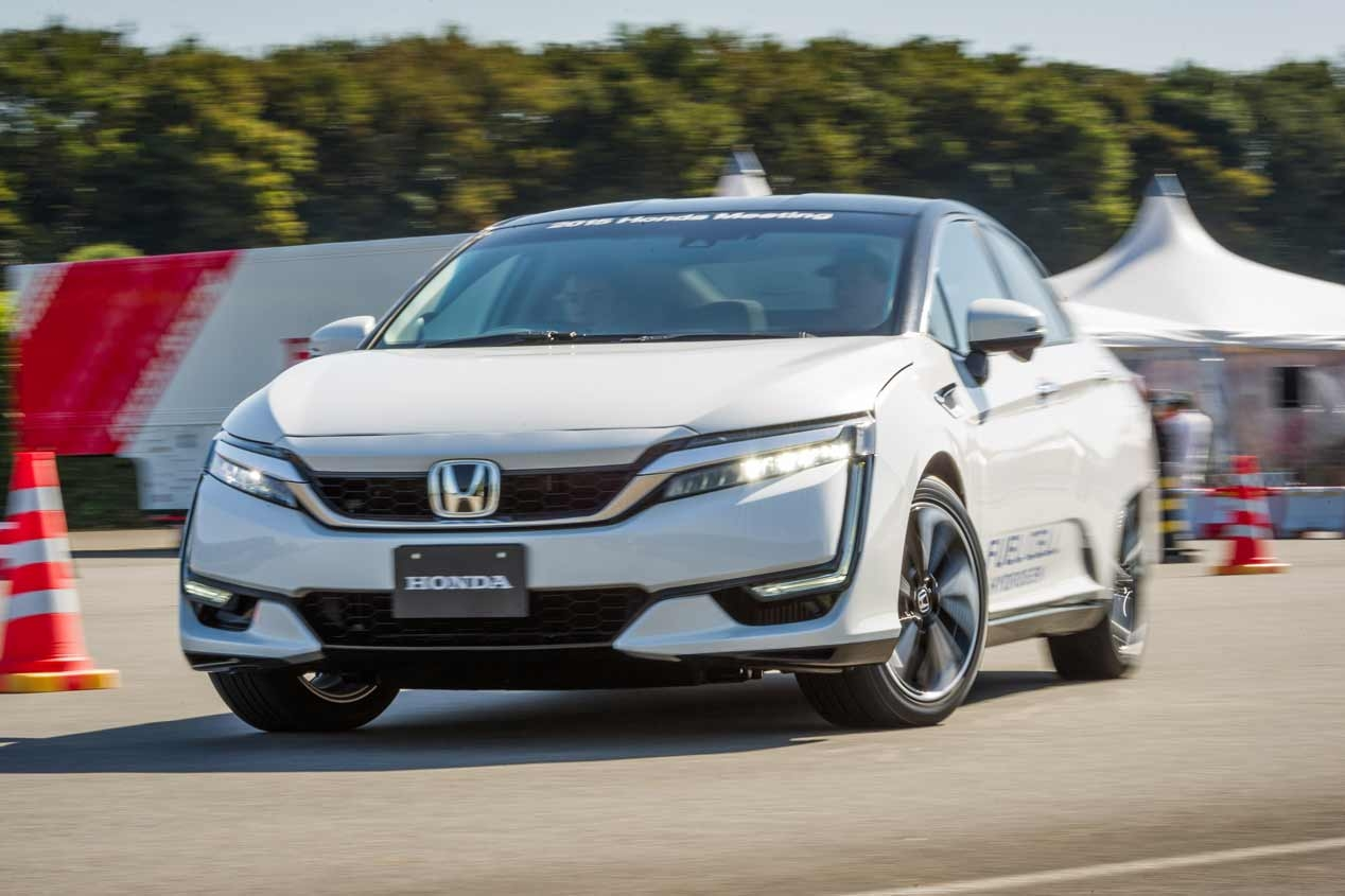 Honda Clarity Fuel Cell Test