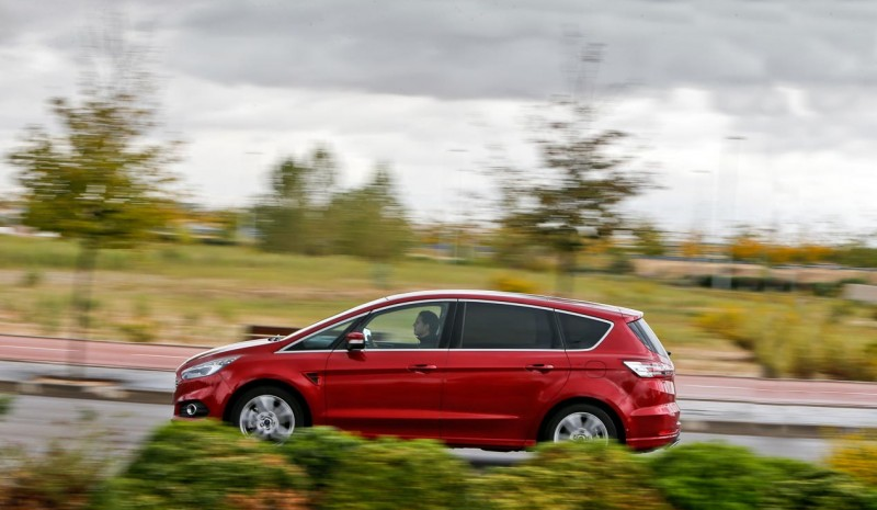 S MAX Ford, Renault Espace and Seat Alhambra: 7 seats minivans