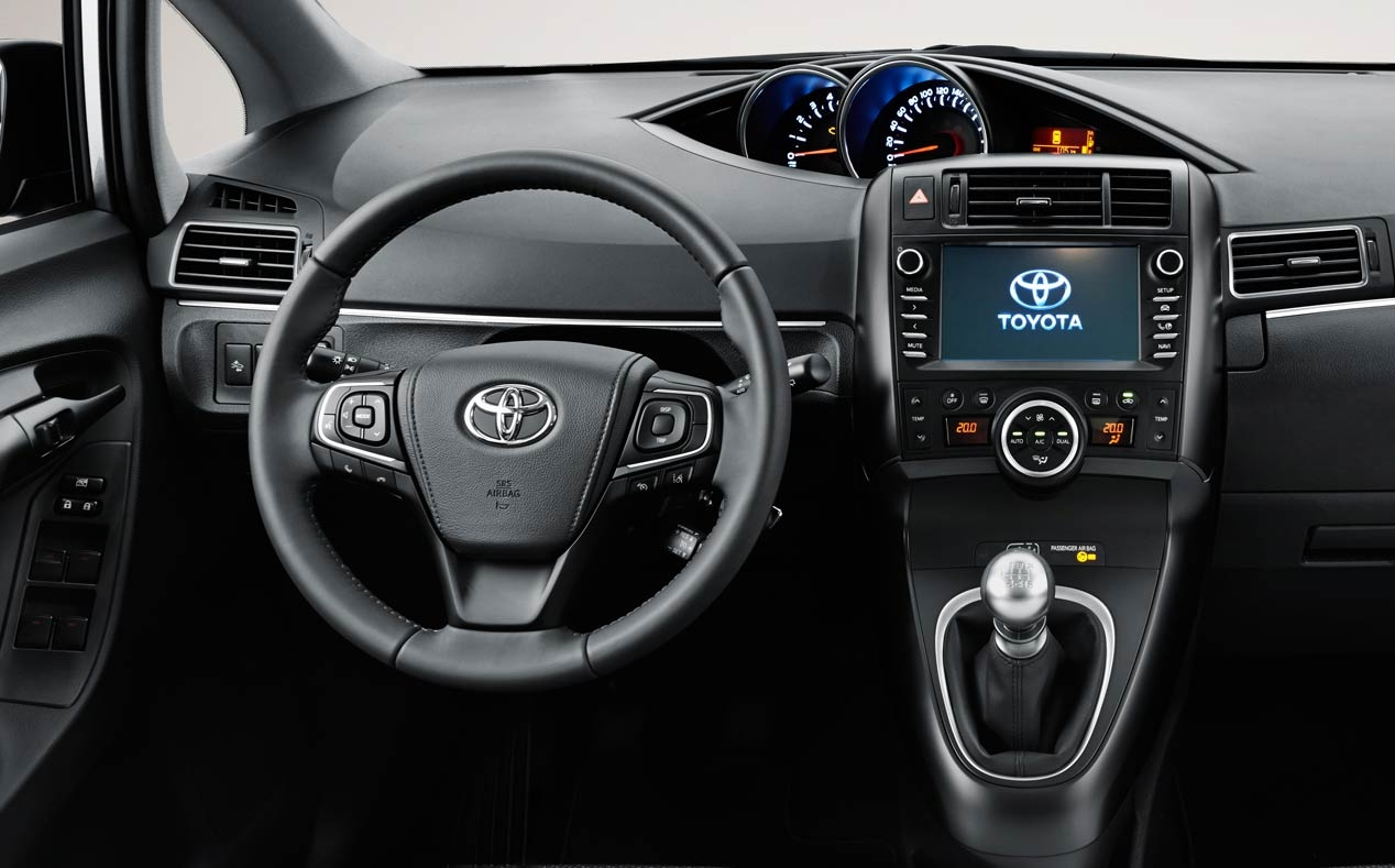 Toyota Verso 2016, from 21,700 euros