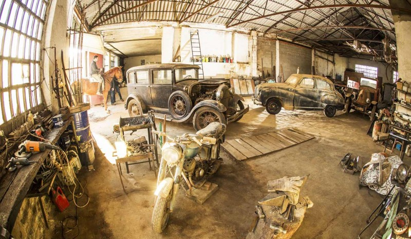 Garage forgotten classic vehicles