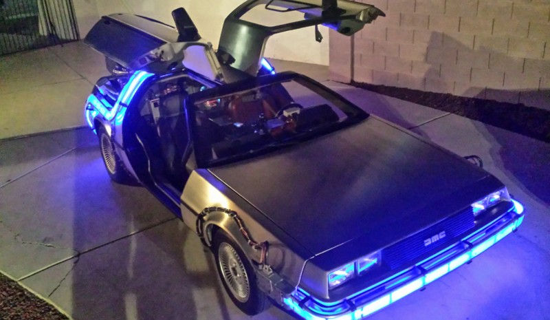 Agora à venda no Ebay réplica exata do DeLorean de Back to the Future