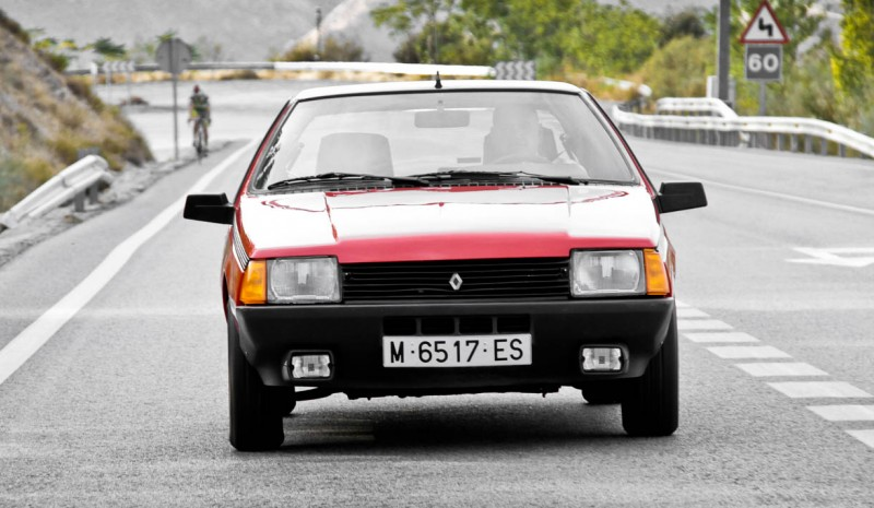 We tested the Renault Fuego, a sport for remembrance