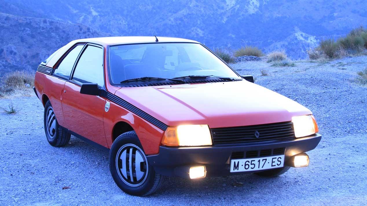 追悼のための車:ルノー・フエゴ