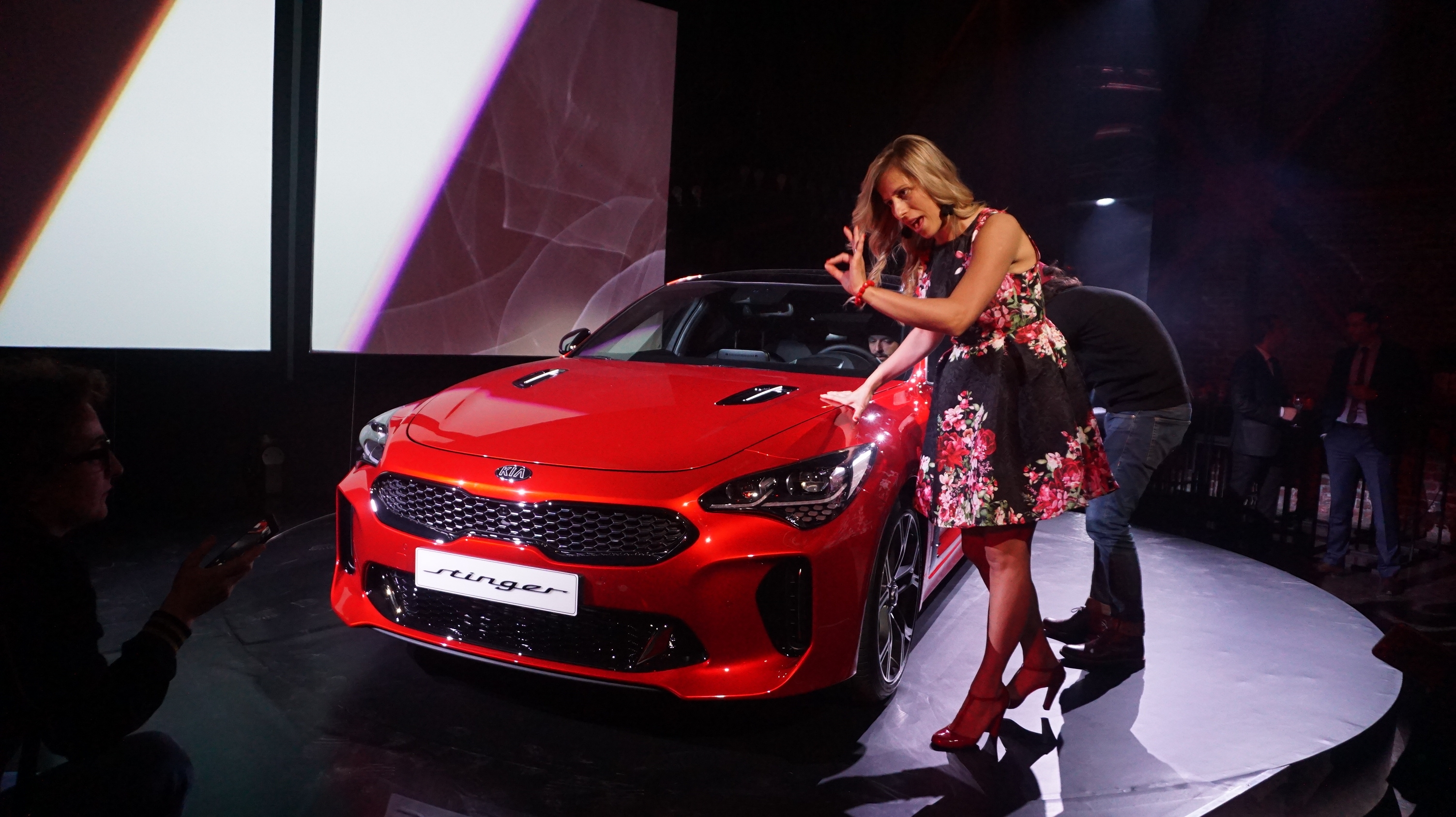 stinger kia, the new luxury car with general price?
