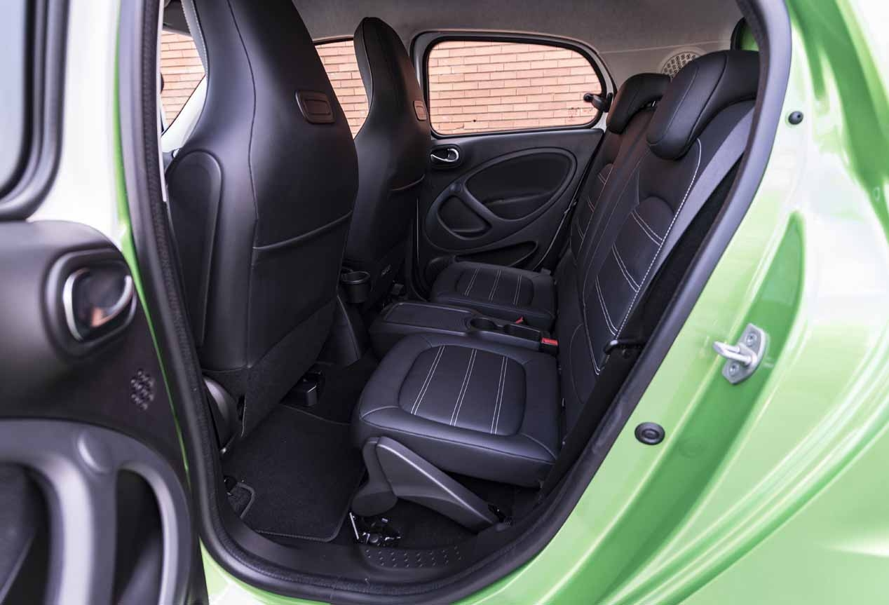 smart forfour ed nous avons test l 39 lectrique et smart quatre places. Black Bedroom Furniture Sets. Home Design Ideas