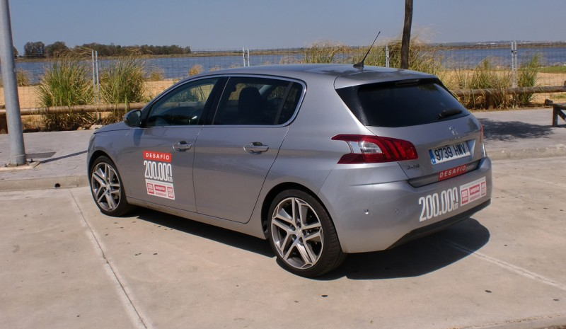 200.000 km med test Peugeot 308 1,2 Puretech Photo