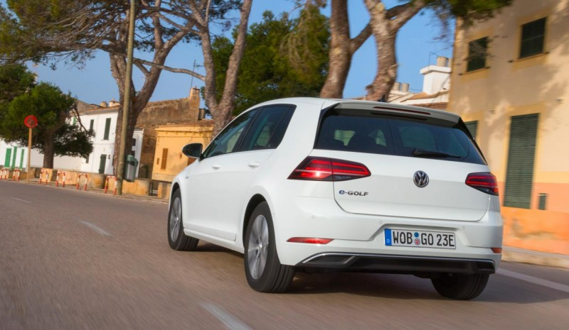 VW e-Golf e Golf GTE, abbiamo testato la Golf più efficiente