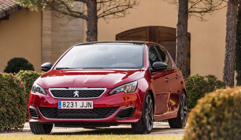 Peugeot 308 2017: tried!