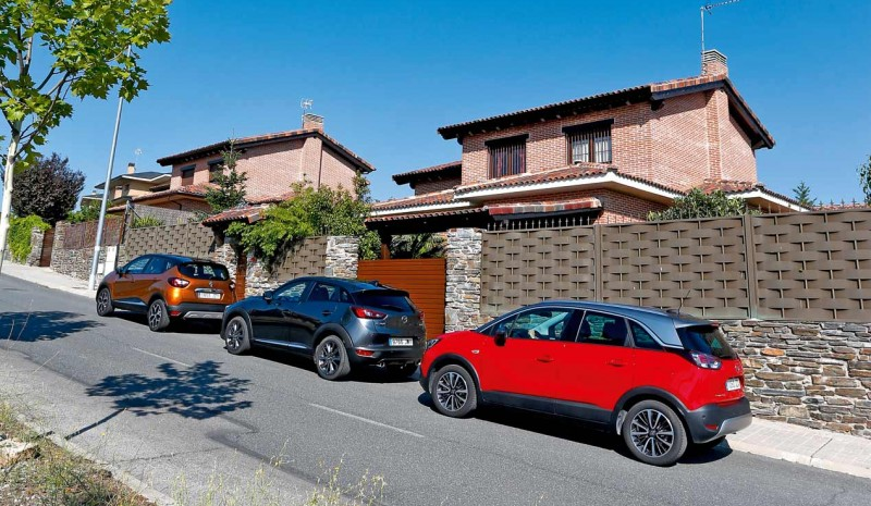 Renault Captur, Opel and Mazda CX Crossland X-3: in search of the best urban SUV