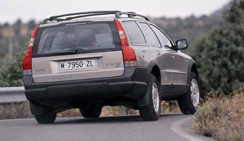 Volvo V70 XC AWD Cross Country